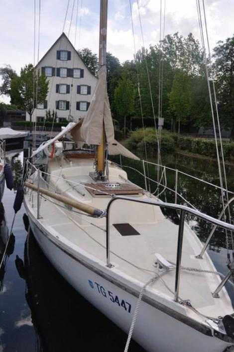 Offshore Yachts Halcyon 27