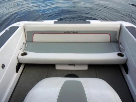 Correct Craft Ski Nautique 200