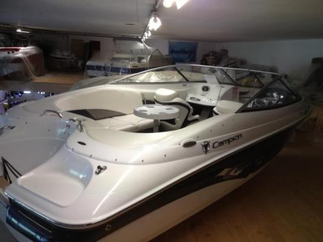Campion Chase 580 Bow rider outboard