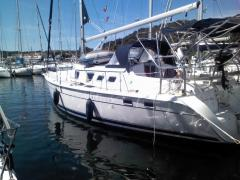 Hunter Marine Corporation,  41 DS Yacht a Vela