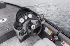 Tracker Marine Super Guide V-16 SC