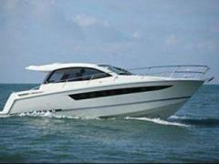 Jeanneau Leader 10 Hard Top Yacht