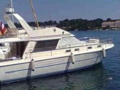 Princess 38 Flybridge Yacht