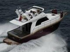 Viking Marin 34 FLY Flybridge Yacht
