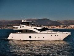 Aicon 75 Flybridge Yacht