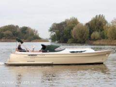 Crossover 33 Deck Boat