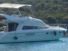 Astondoa AS 39 Fly Flybridge Yacht
