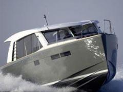 Fjord 40 Cruiser Yacht a Motore