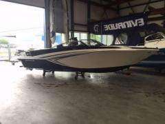 Glastron Gt 225 Bowrider Sportboot