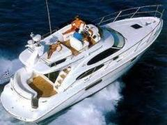 Sealine F37 Flybridge Yacht