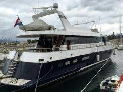 Canados 72 S Motor Yacht