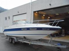 Sea Ray 230 CC Sport Boat