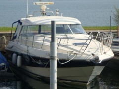 Windy 37 Hardtop Grand Mistral Yacht a Motore