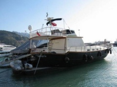 Menorquin 180 Fly Flybridge Yacht