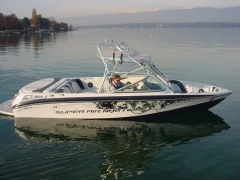 Correct Craft Super Air Nautique 210 Wakeboard / Wasserski