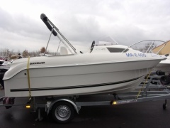 Quicksilver 470 Cabin Runabout