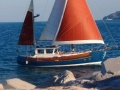 Fisher 34 Yacht a Motore